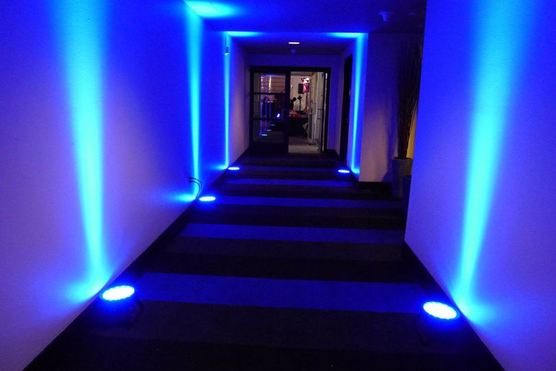W Hotel, San Francisco - The hallway leading out to the outdoor reception area. Sound In Motion...