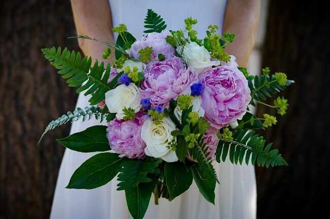 June bouquet. photo courtesy Heather Connors Photography.