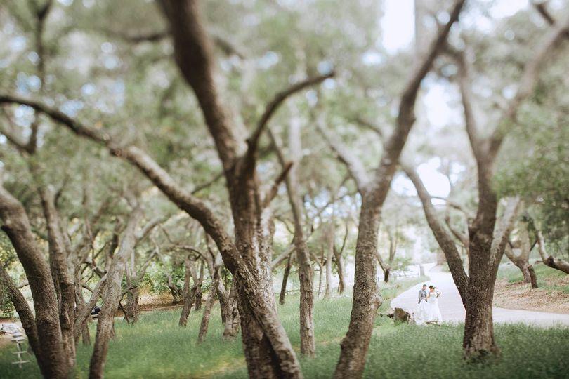 Bride + groom at saddle rock ranch // teri b photography