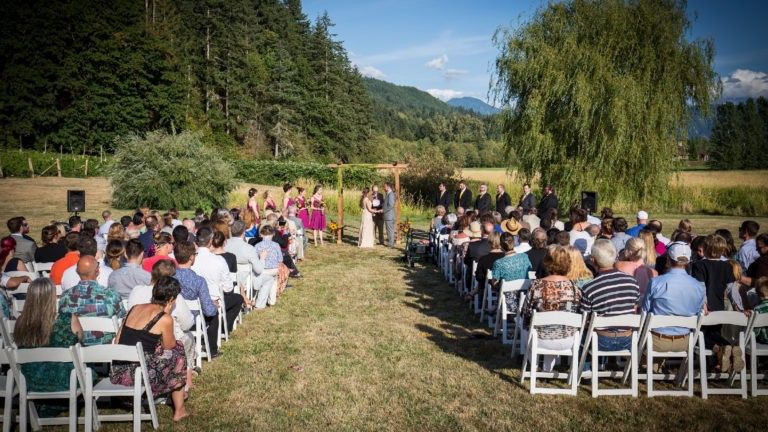 twinsisters featured weddings 768x432 51 1050163 1561051015