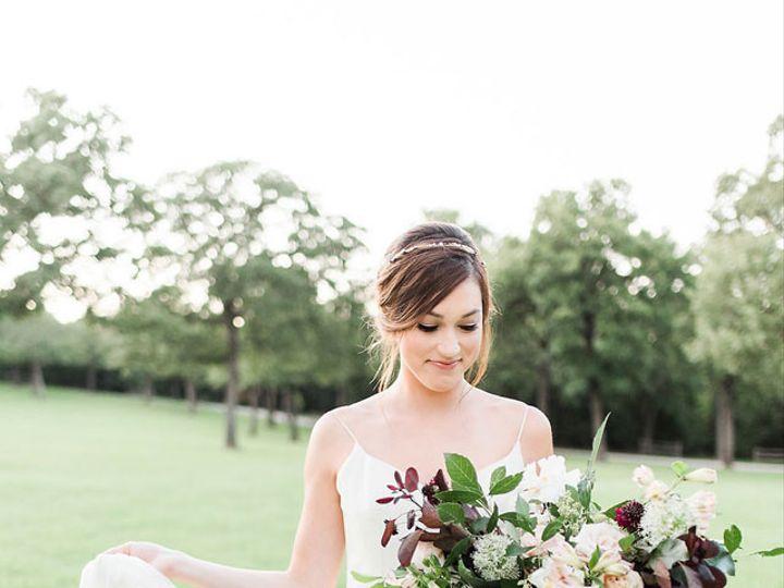 Tmx Gray Door Photography Heirloom Bridal Portraits Amongst Texas Oaks 01 51 560163 Cedar Hill, TX wedding florist