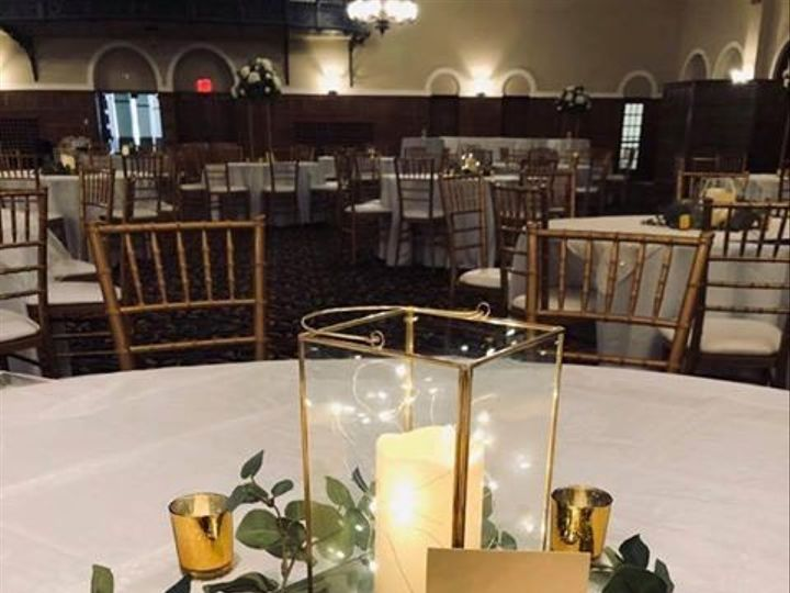 Tmx Center Piece Gold 51 1891163 157834778333134 Davenport, IA wedding rental