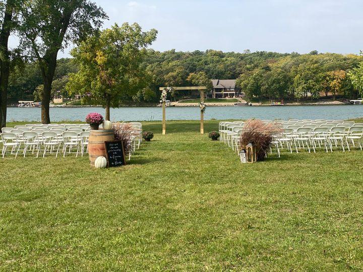 Tmx Img 6901 51 1891163 160074098639617 Davenport, IA wedding rental