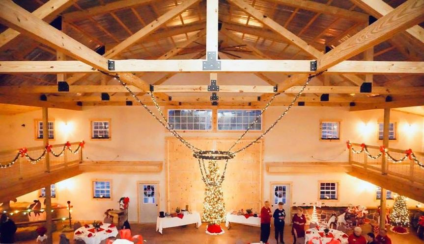 christmas barn chandelier 2018 51 493163