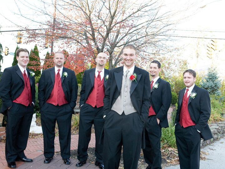 Tmx 1512153609183 Groomsmen Outside Gettysburg, PA wedding venue