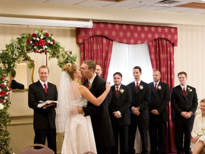 Tmx 1512153742415 Bride N Groom Kiss 2 Gettysburg, PA wedding venue