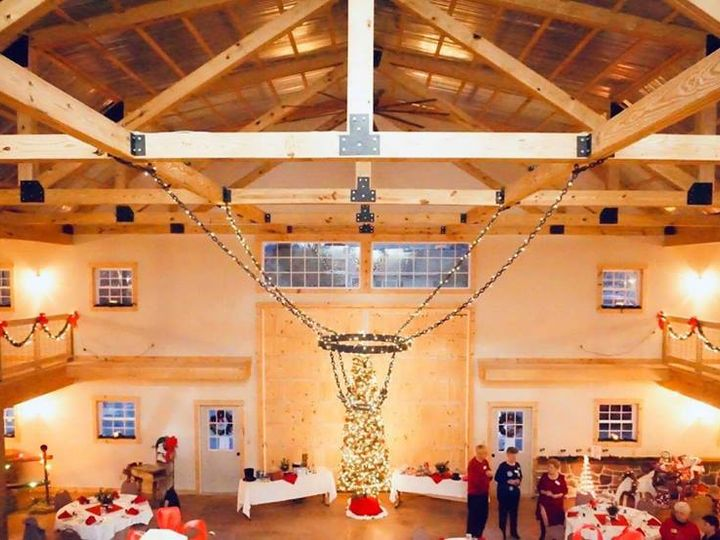 Tmx Christmas Barn Chandelier 2018 51 493163 Gettysburg, PA wedding venue