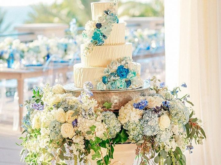 Tmx Blue Wedding Cake Table 51 1407163 158394806492880 Sarasota, FL wedding florist