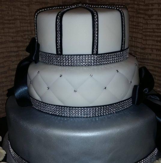 royal style cake 51 1877163 161226899535727