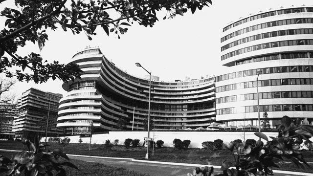 watergate aw 51 1028163 v1