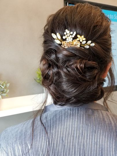 Bridal up-do with flowers