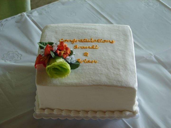 brandi carbaugh brian wise side cake for wedding