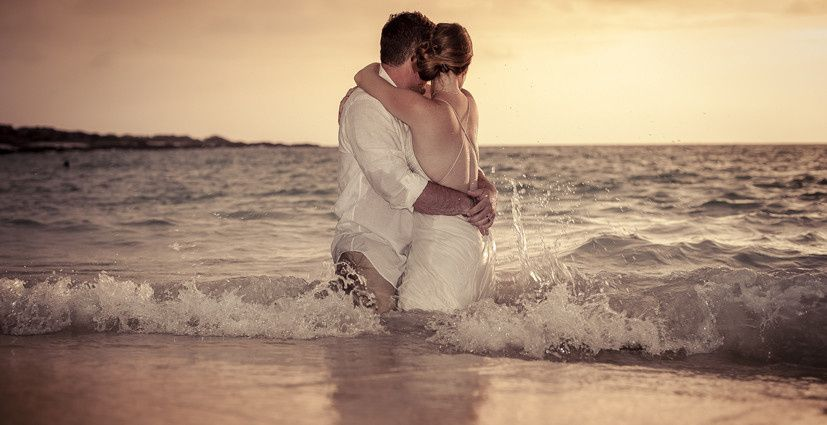 Kua Trash the dress © Karen Loudon Photography