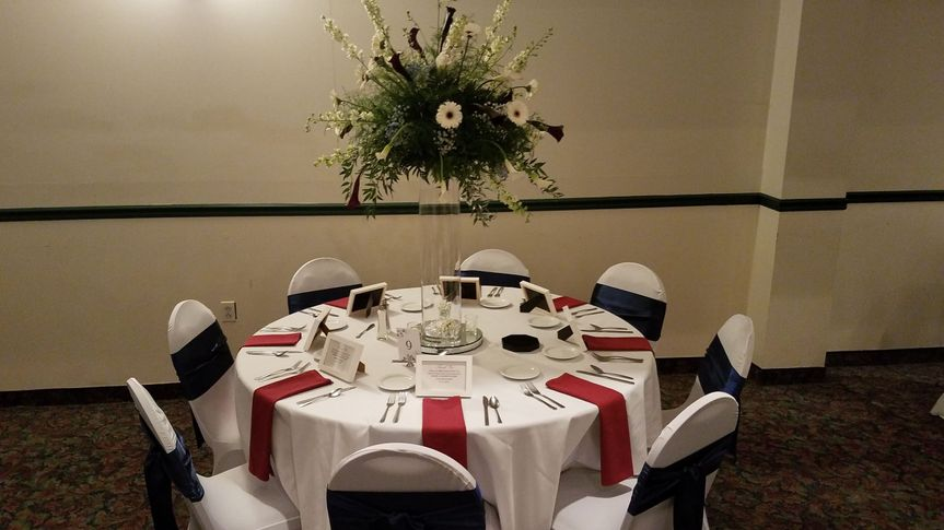 Guest Table with Centerpiece