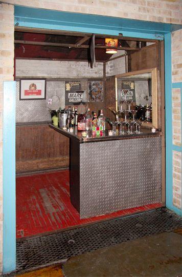 Elevator Bar
