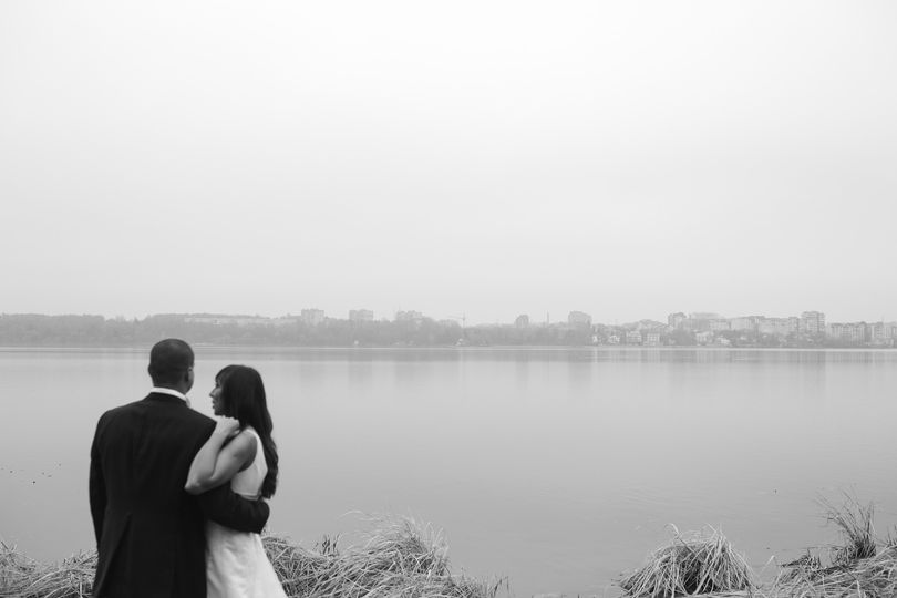 Wedding couple on a lake
