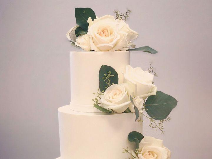 Tmx 1539214690 Aee5071d9b6c0d6d 1539214688 D9440f6c579eb88b 1539214687612 3 Fresh White Flower Napa, California wedding cake
