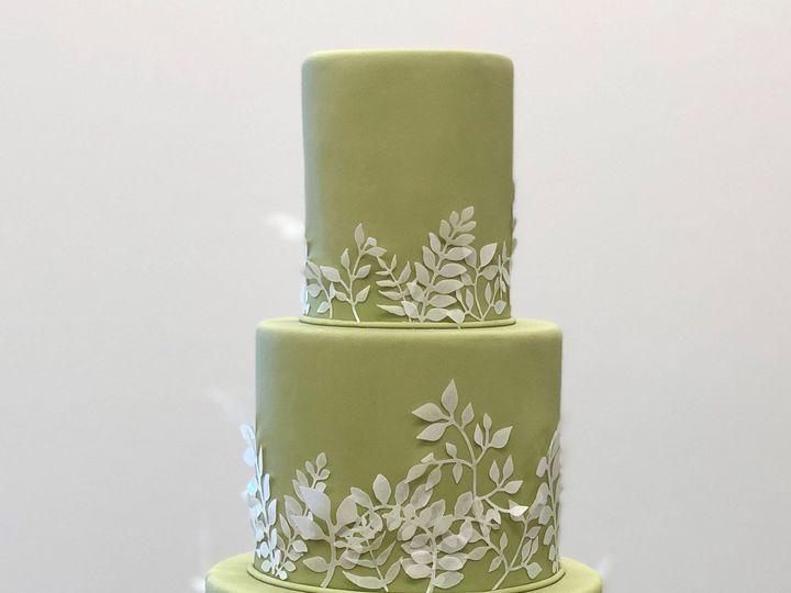 Tmx 1539214872 F71ccd125b76a4d4 1539214870 924b5cfcd23a7f7b 1539214869314 4 Green With Paper V Napa, California wedding cake