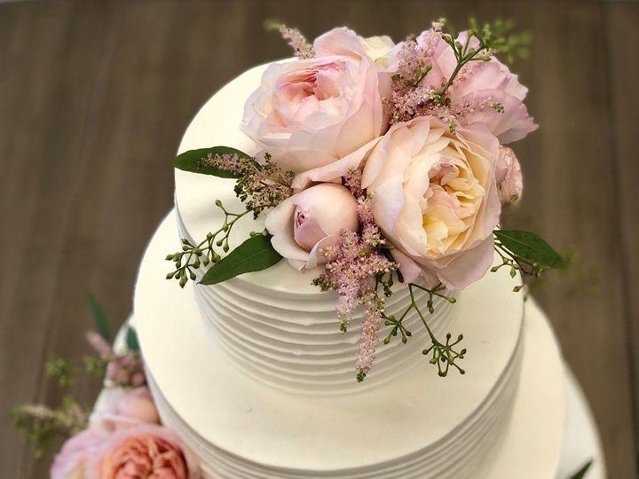 Tmx 1539214947 14691f14adc86b6f 1539214944 889d5429dc237f7a 1539214944265 8 Carneros Fresh Pin Napa, California wedding cake