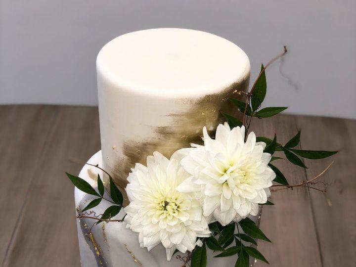Tmx 1539214964 398da9f20f17a8c9 1539214962 Fe62956c56fdc0ba 1539214961296 9 Marble And Gold Napa, California wedding cake