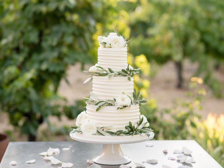 Tmx 1539215679 156313eabbe4bdbc 1539215676 41dcefb223374bb2 1539215675503 17 Buttercream Horiz Napa, California wedding cake