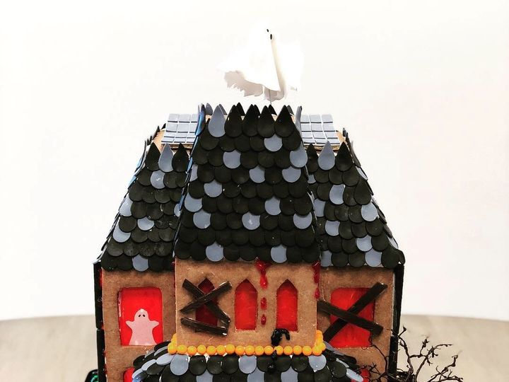 Tmx Haunted Gingerbread House 1 51 1017263 Napa, California wedding cake