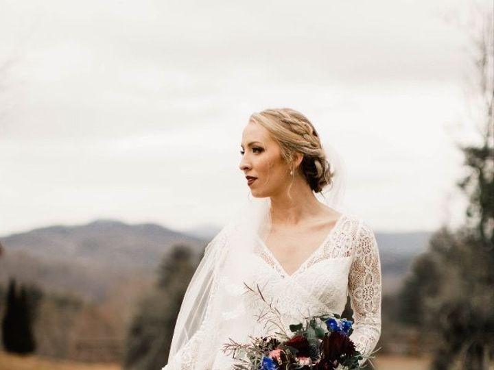Tmx 1530461324 Dab9b3f9da3a9901 1530461323 71e73e4d7d124be1 1530461317385 2 FullSizeR Durham, NC wedding florist