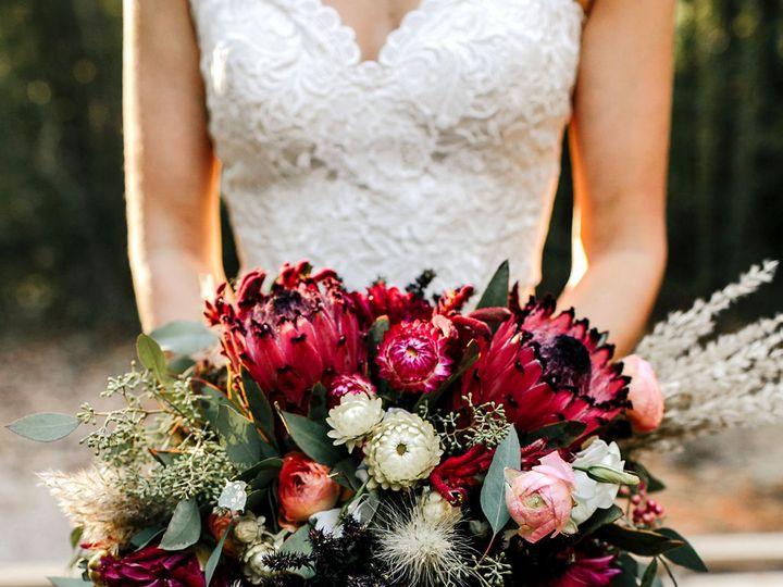 Tmx Cmp Dana Kevin 292 51 1010363 Durham, NC wedding florist