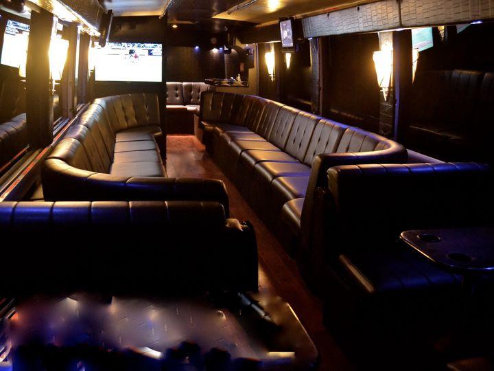 Tmx Dsc 1045 51 1031363 V1 Doylestown, PA wedding transportation