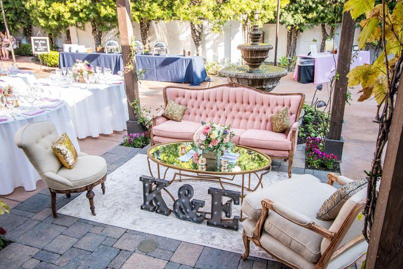 Sundrop Vintage Event Rentals San Clemente Ca Weddingwire