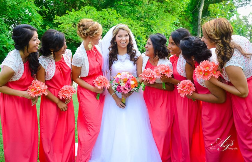 Idaly and her Bridal party