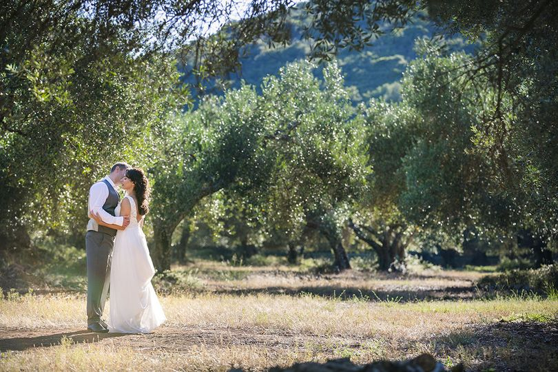 Wedding in Gentilini Retreat, an olive tree place ideal for your magical day!