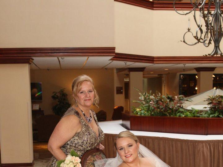 Tmx 1528211123 05a361785fed8f16 1528211121 63e902f6bfc1bc91 1528211120663 1 6223505 0667 Epping, NH wedding beauty