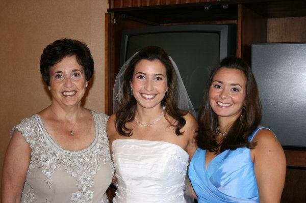 Bride with Mom and Matron of Honor
