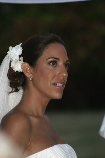 Gorgeous bride in the Dominican Republic Oct 2010