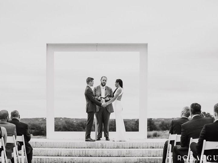 Tmx 1521644826 De7167b645838f23 1521644825 3feb2e437f3e3610 1521644822266 1 Rob August Photogr Austin, TX wedding dj