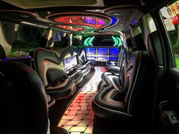 Tmx Limo 2 51 1678363 158162039517823 Coventry, RI wedding transportation