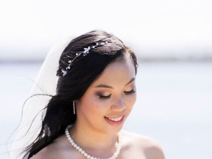 Tmx 1538208564 C12dd84ebbc9000e 1538208563 Ac3177ae46e5d932 1538208549344 2 FA1D4468 E9DF 40BC Mountain View, CA wedding beauty