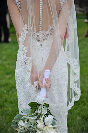 fingertip veil lace