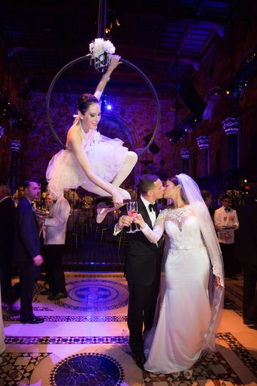 e58a4501c8514491 Aerial Champagne Cipriani Wedding 100 pixel