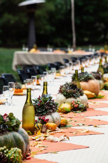 Fall pumpkin wedding table