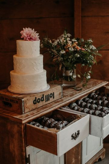 Donut Drawer.  Cake table