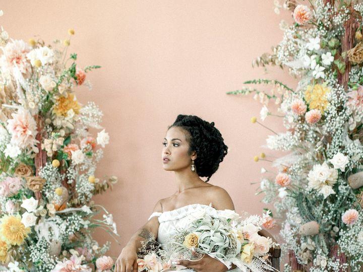 Tmx  Mg 3649 51 1005463 160062935911922 Oregon City, OR wedding florist
