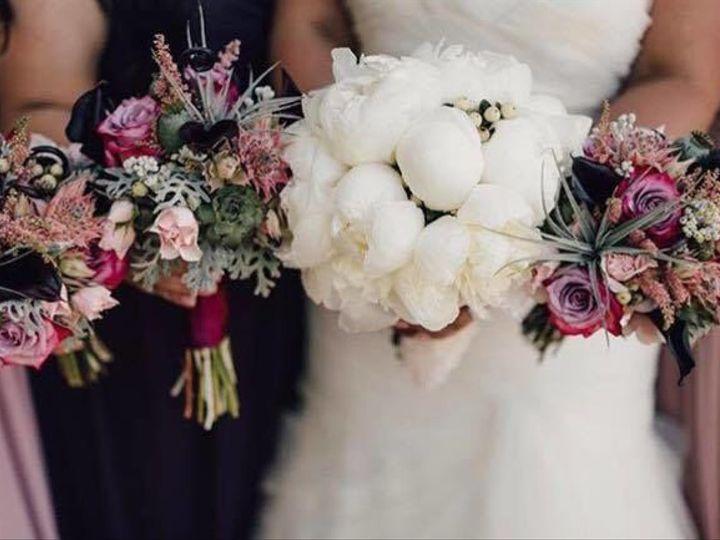 Tmx 1526503117 E8d5e118dfe4c11b 1526503117 0b79010aafda618c 1526503116864 4 23584521 191895067 Oregon City, OR wedding florist