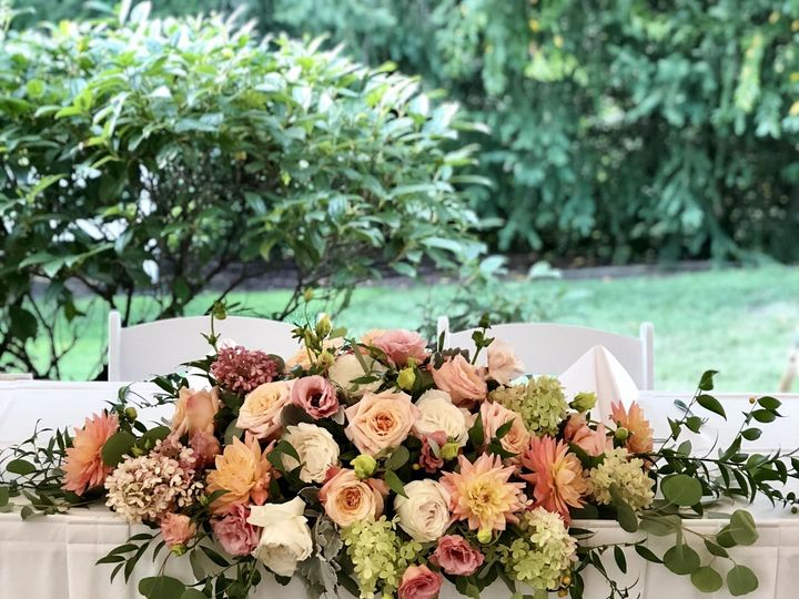 Tmx 1537977995 2f872a73be6052a7 1537977993 584b939014d6c7d4 1537977991088 14 IMG 0280 Oregon City, OR wedding florist