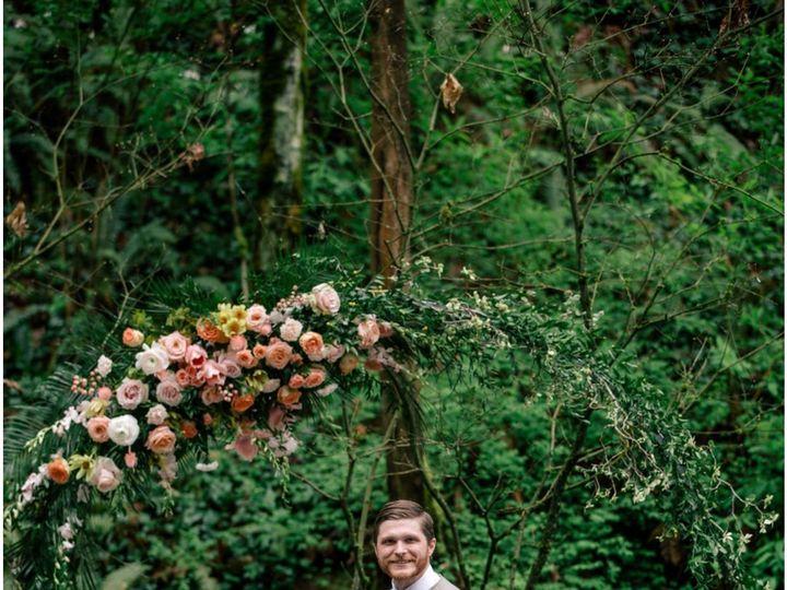 Tmx Fullsizeoutput 1e60 51 1005463 1561950196 Oregon City, OR wedding florist