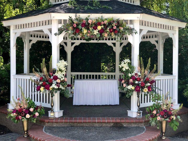 Tmx Fullsizeoutput 2152 51 1005463 1561948499 Oregon City, OR wedding florist