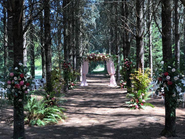 Tmx Fullsizeoutput 293e 51 1005463 1567700945 Oregon City, OR wedding florist