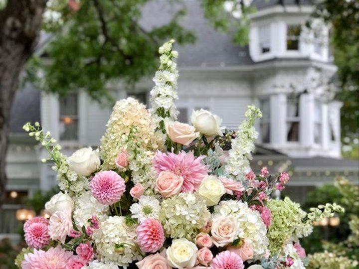 Tmx Fullsizeoutput 2ae3 51 1005463 1568242739 Oregon City, OR wedding florist