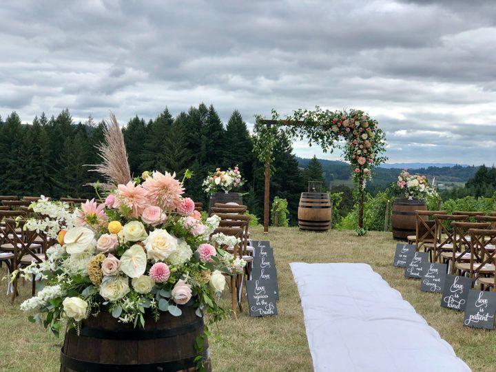 Tmx Fullsizeoutput 2c1d 51 1005463 1573108581 Oregon City, OR wedding florist